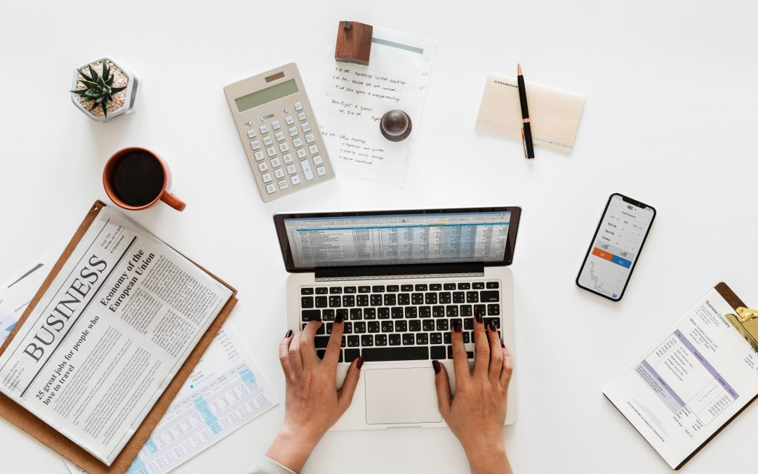5 Tips for Incorporating Financial Products into Your Blog